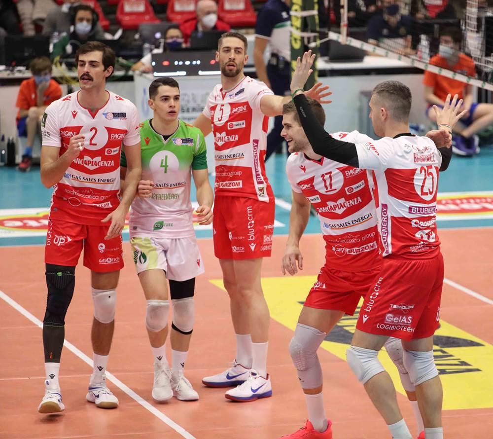 Gas Sales Bluenergy Volley Piacenza torna alla vittoria contro Vibo Valentia! image